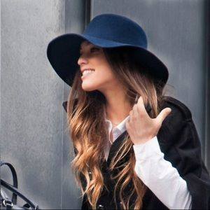 Aldo M/L navy felt hat